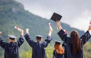 Why Students Go for Education Loan Debt Consolidation Reduction